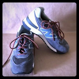 NEW BALANCE 575 Grey Suede Trainers Sneakers EUC!
